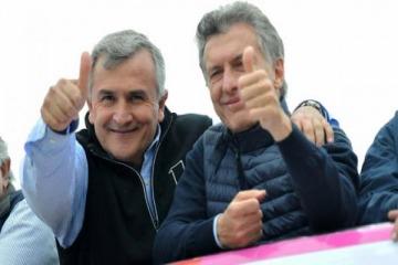 Mientras Morales ahora critica a Macri, Nación envía a Jujuy 24 especialistas en terapia intensiva
