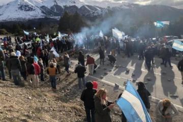 Toma de terrenos en Río Negro: expectativa de la gobernadora por el diálogo entre el Estado y la comunidad mapuche