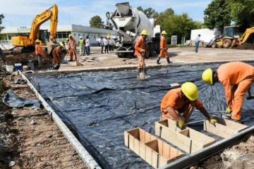 Axel anunció obras claves de infraestructura para 37 municipios de la Provincia de Buenos Aires