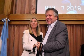 Una jueza PRO no quiere que la UIF investigue los USD 2.600 millones que argentinos tienen afuera sin declarar