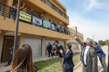 """Alberto entregó casas Procrear que Macri dejó sin terminar: """"No sé si fue inoperancia, ideología o maldad"""""""