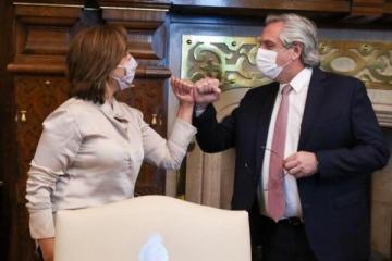 El Presidente acordó con la gobernadora de Río Negro crear una mesa de diálogo con mapuches por tomas