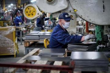 INDEC: la economía tuvo su cuarta mejora consecutiva en agosto, pero continúa su caída interanual