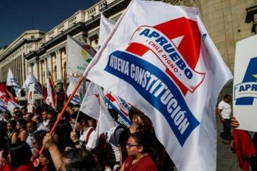 Chile va a las urnas para decidir si quiere una nueva Constitución que reemplace a la creada por Pinochet