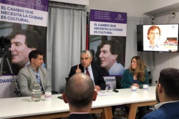 Dirigentes de López Murphy y Lopérfido denunciaron a Alberto por propagar el Covid al velar a Diego en Casa Rosada