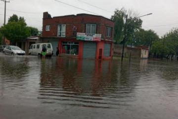 Temporal en la Provincia: 700 bonaerenses evacuados y fuerte inversión del Gobierno bonaerense para asistencia