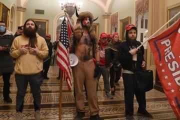 Intento de Golpe de Estado en EEUU: manifestantes pro Trump tomaron el Capitolio para impedir la elección de Biden