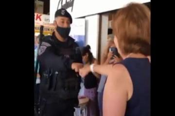 Lamentable: Bullrich utilizó políticamente a policías que se le acercaron para evitar que la escrachen
