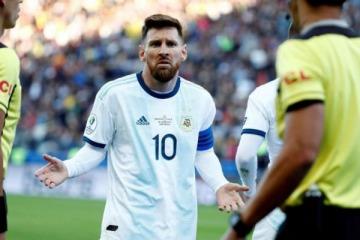 Clarín se sumó a la operación contra Messi y puso en su tapa la filtración del contrato del mejor futbolista del mundo