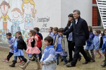 """Denuncian a la gestión de Macri por el programa """"3.000 jardines"""", que costó USD 62 millones pero sólo se hicieron 107"""