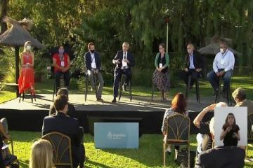 """""""Mi función como Presidente es poner armonía en la diversidad"""": Alberto en el Consejo Económico y Social"""