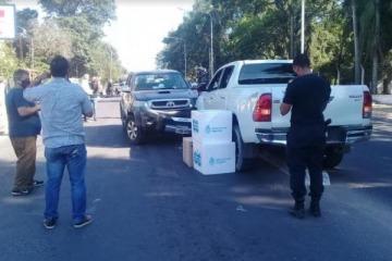 Un ministro de Salud de JXC chocó su camioneta y se descubrió que llevaba dos cajas de vacunas en el asiento