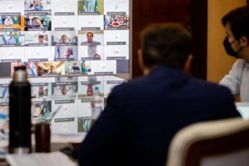 """Macri pidió reunirse con Axel y los intendentes lo dejaron en offside: """"Las reuniones no se piden por Twitter"""""""