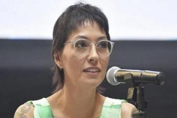 """Mayra Mendoza: """"No estamos haciendo política con la pandemia, estamos vacunando"""""""