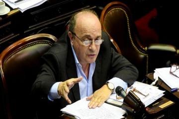 """Moreau denunció que Macri espió y """"sin dudas"""" ahora extorsiona a Larreta por la presencialidad"""