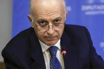 El procurador interino Casal sumó ocho propiedades y cuadruplicó sus ahorros desde que fue designado por Macri