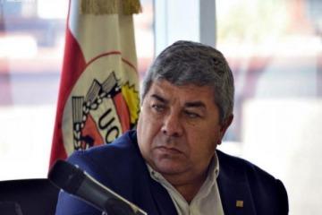 """Carlos Fernández consideró que lo de Regidor """"está mal pero sentenciar sobre cuestiones que uno desconoce es una imprudencia"""""""