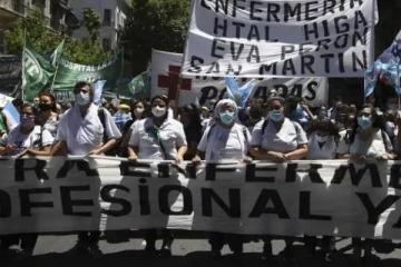 """Enfermeros de la Ciudad en paro """"por el reconocimiento profesional"""", recibieron apoyo de actores y figuras de la cultura"""