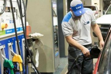 """YPF garantizó que en 2021 """"la nafta va a aumentar menos que la inflación"""""""