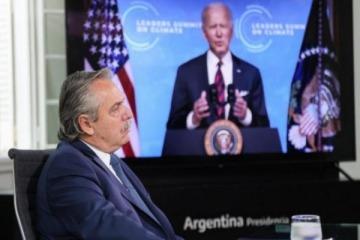 Con la crisis interna aún no resuelta, Alberto Fernández participa de un foro sobre Energía y Clima junto a Biden