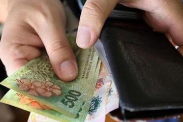 Salario Mínimo: el Gobierno lo sube por encima de la inflación y supera los $32 mil