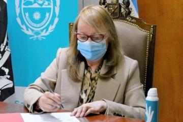 A la espera de las definiciones en Nación, Alicia Kirchner aceptó la renuncia de su jefe de Gabinete