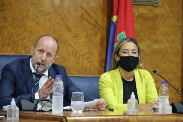 Dos mujeres asumirán las intendencias que dejaron vacantes Nardini e Insaurralde para ir al gabinete bonaerense