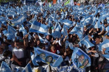 """Alberto Fernández y Cristina Kirchner llamaron a movilizar por el 17 de octubre en """"todas las plazas"""""""