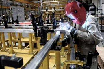 La industria creció 13% interanual en agosto y acumuló subas de 18,4% frente a 2020