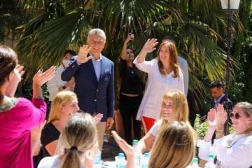 Tras el faltar a la indagatoria por el ARA San Juan, Macri asistió a hacer campaña y fotos con Vidal