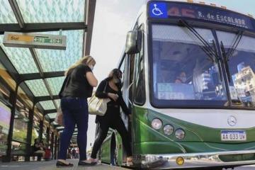 Desde hoy no habrá límite de ocupación en ningún transporte público