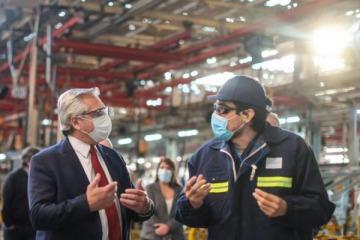 Alberto Fernández visita empresas del conurbano que invierten para expandir su producción